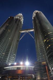 超高層ビルの写真素材 [FYI03389901]