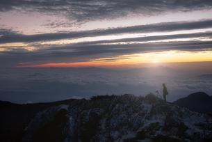 燕岳 日本 長野県 安曇野市の写真素材 [FYI03390294]