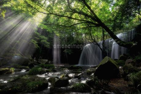 鍋ヶ滝 日本 熊本県 小国町の写真素材 [FYI03390348]