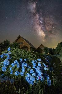 鳥海高原花立牧場 日本 秋田県 由利本荘市の写真素材 [FYI03390424]