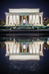リンカーンメモリアル(ワシントンDC)の写真素材 [FYI03390583]