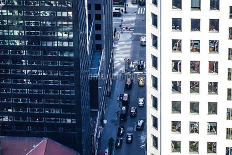 ロックフェラーセンター(トップ・オブ・ザ・ロック)から見る交通の写真素材 [FYI03390753]