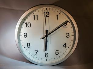 時計イメージの写真素材 [FYI03390789]