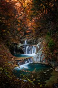 七ツ釜五段の滝 日本 山梨県 山梨市の写真素材 [FYI03390978]