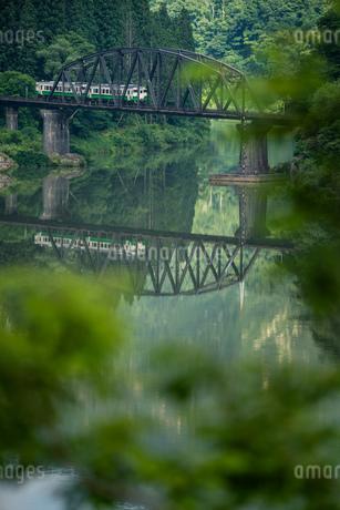 只見線 第四只見川橋梁撮影地 日本 福島県 金山町の写真素材 [FYI03391086]