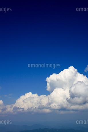 青空の写真素材 [FYI03391125]