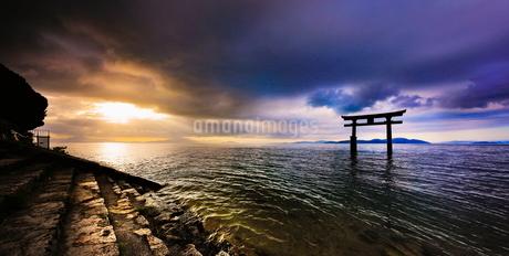 白髭神社 日本 滋賀県 高島市の写真素材 [FYI03391843]