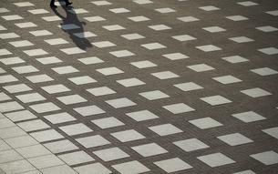 広場の路面の写真素材 [FYI03391894]