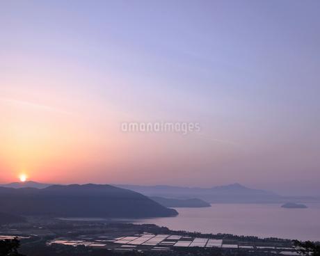 琵琶湖 日本 滋賀県 高島市 今津町 の写真素材 [FYI03391911]