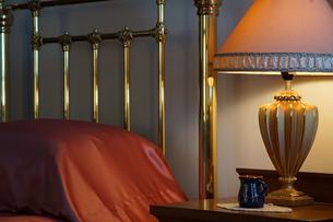 寝室の灯りの写真素材 [FYI03391983]
