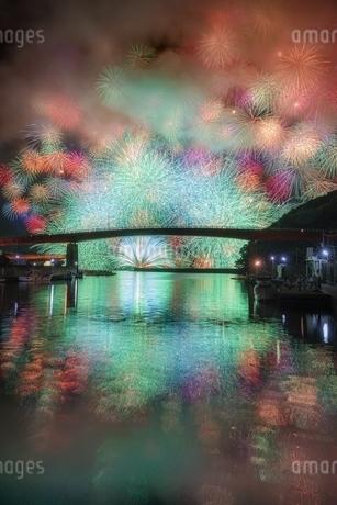 きほく燈籠祭の花火 日本 三重県 紀北町の写真素材 [FYI03392424]