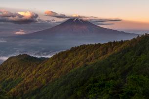 三つ峠山頂付近 日本 山梨県 西桂町の写真素材 [FYI03393270]