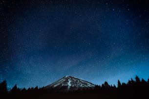 西臼塚駐車場 日本 静岡県 富士宮市の写真素材 [FYI03393280]