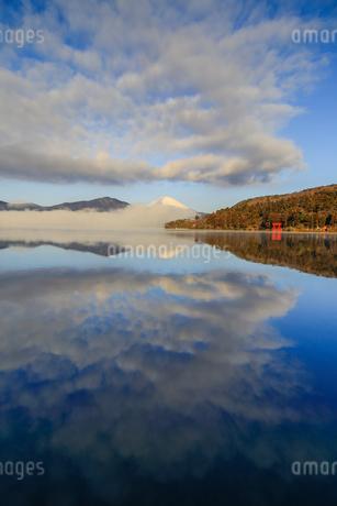芦ノ湖 日本 神奈川県 箱根町の写真素材 [FYI03393522]