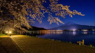 河口湖北岸 日本 山梨県 富士河口湖町の写真素材 [FYI03393544]