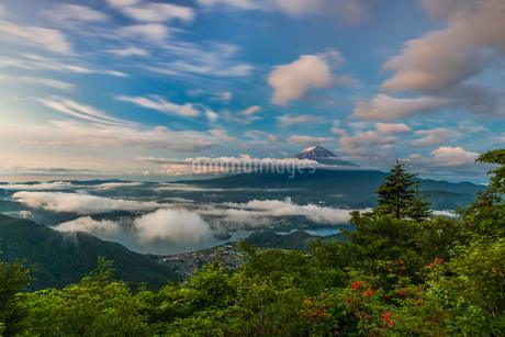 新道峠第二展望台 日本 山梨県 富士河口湖町の写真素材 [FYI03393547]