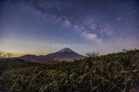 竜ヶ岳 の写真素材 [FYI03393549]