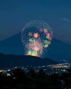河口湖 日本 山梨県 富士河口湖町の写真素材 [FYI03393555]
