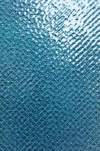 青いすりガラスの写真素材 [FYI03394374]