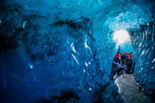 アイスランド・氷の洞窟(ヴァトナヨークトル)の写真素材 [FYI03394645]
