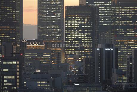 名古屋テレビ塔の展望台からの夕景の写真素材 [FYI03394671]