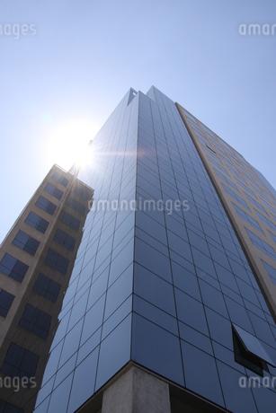 サンパウロのガラス張りのビジネスビルの写真素材 [FYI03394731]