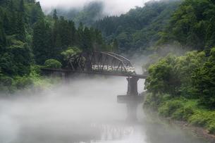 只見川 福島県の写真素材 [FYI03395977]