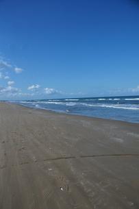 千里浜なぎさハイウェイの風景(能登半島)の写真素材 [FYI03396603]
