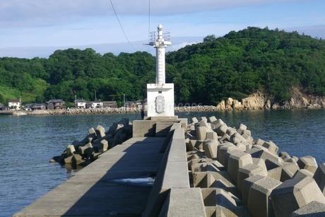 瀬戸内海の小さな港の写真素材 [FYI03396717]