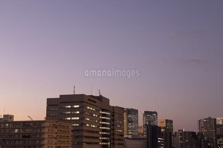 都会の夕暮れの写真素材 [FYI03397115]