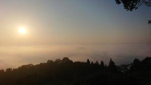 霧の海の写真素材 [FYI03397803]