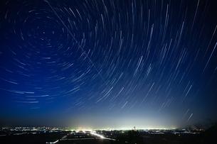 星の軌跡の写真素材 [FYI03398267]