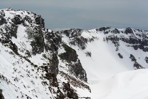 鳥海山 山頂  バックカントリーの写真素材 [FYI03398481]