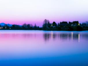 田貫湖の朝 日本 静岡県 富士宮市の写真素材 [FYI03398571]