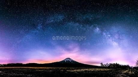 朝霧高原 日本 静岡県 富士宮市の写真素材 [FYI03398576]