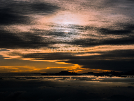 富士山新五合目からの眺め 日本 静岡県 富士宮市の写真素材 [FYI03398772]