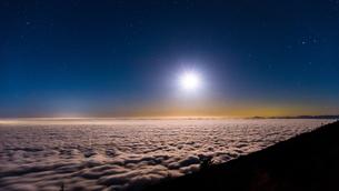 富士山新五合目からの眺め 日本 静岡県 富士宮市の写真素材 [FYI03398773]
