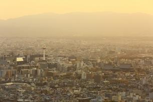 京都市街夕景の写真素材 [FYI03398809]