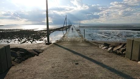 海床路の写真素材 [FYI03399491]