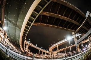 首都高速湾岸線・大黒ジャンクション(横浜市鶴見区)の写真素材 [FYI03399810]
