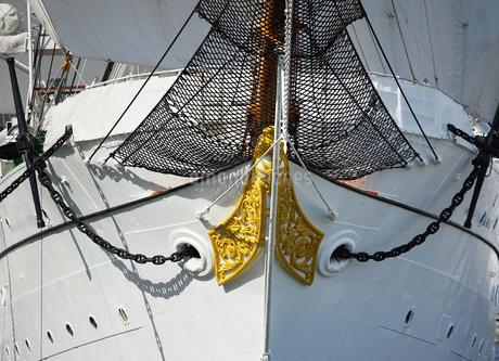 帆船の船首の写真素材 [FYI03400728]