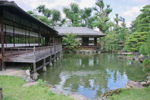渉成園での日本家屋の写真素材 [FYI03400878]