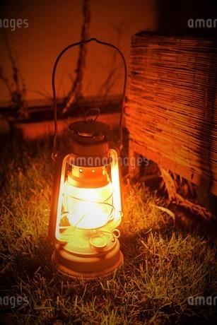 オイルランプの写真素材 [FYI03400900]