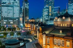 東京 丸の内 東京駅の写真素材 [FYI03400960]