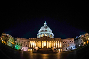アメリカ合衆国議会議事堂(United States Capitol)の写真素材 [FYI03401027]