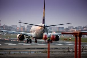 飛行機の写真素材 [FYI03401150]
