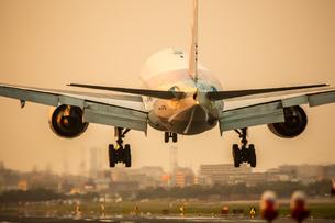 飛行機の写真素材 [FYI03401160]