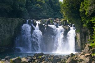 関之尾滝の写真素材 [FYI03401393]