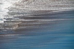 波打ち際の写真素材 [FYI03401573]