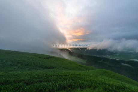 大観峰展望所からの眺め 日本 熊本県 阿蘇市の写真素材 [FYI03401614]